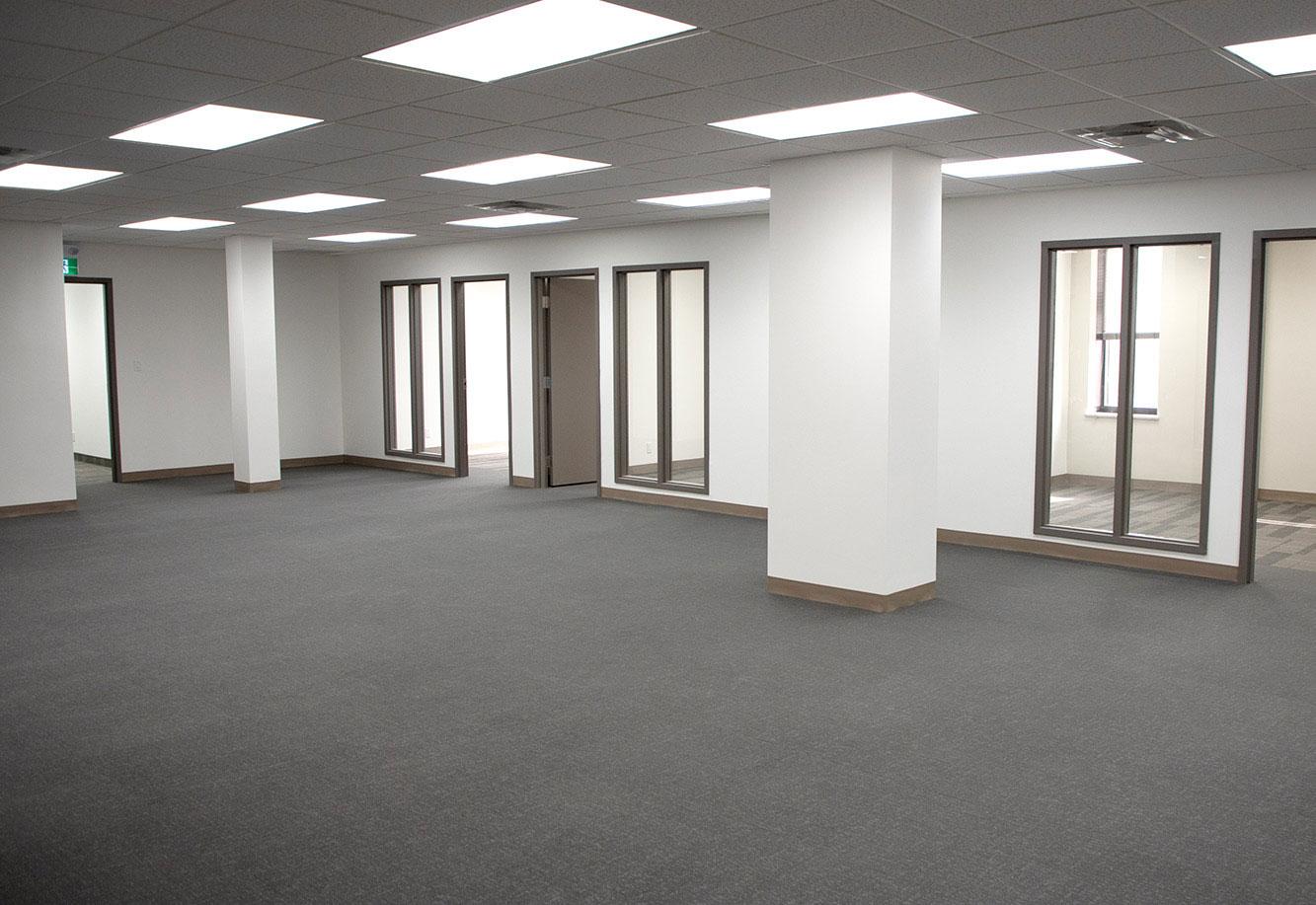 688 Queensdale 3rd Floor